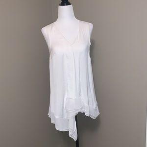 Vera Wang sleeveless blouse